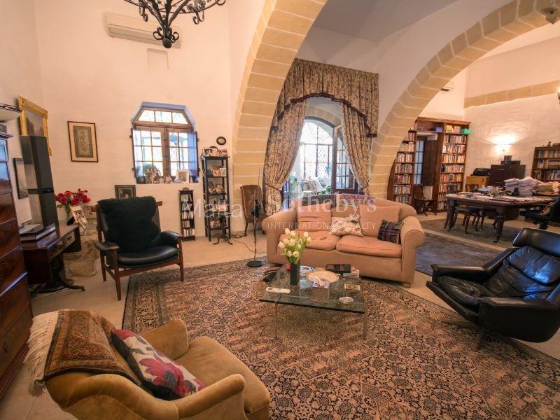 qormi-luxury-property-Sothebys