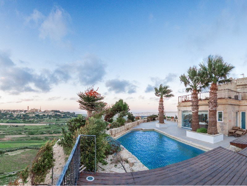 A rare opportunity to purchase a property situated in the walled city of Mdina. Malta's old capital.