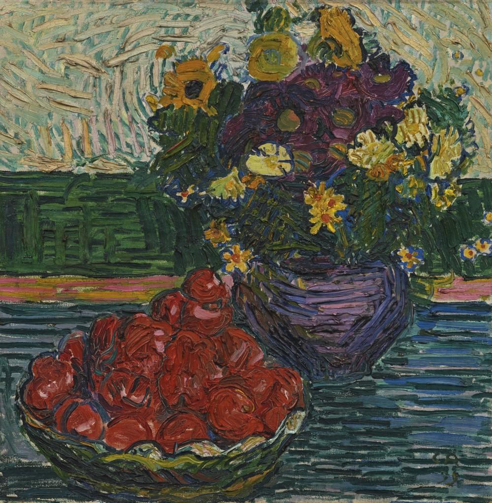 Blumen und Apfel