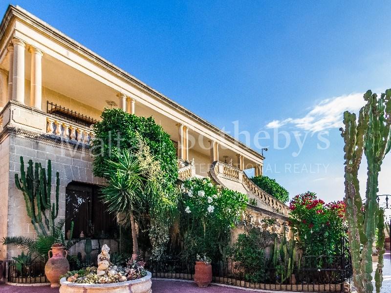 Fully detached corner villa, Baħar iċ-Ċagħaq