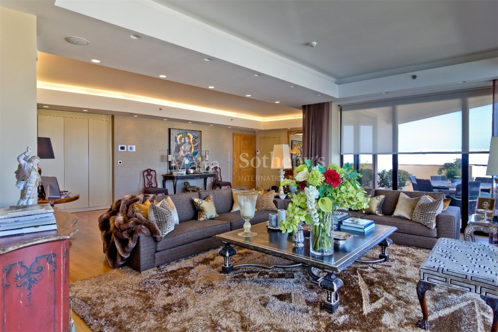 Fully Detached Tigne Point Apartment