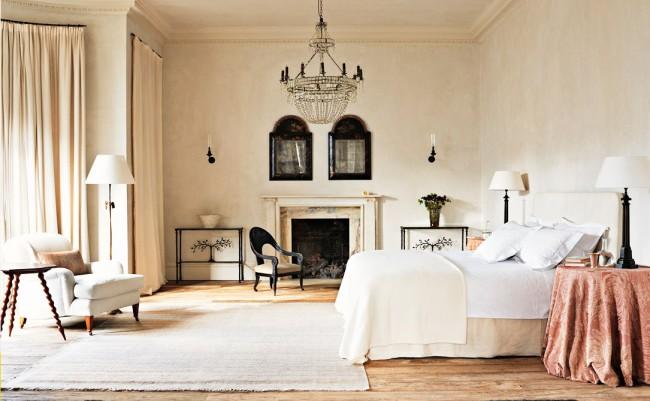 Rose Uniacke designed bedroom