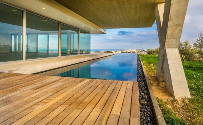 Contemporary Luxury Villa in Tal-Ibragg