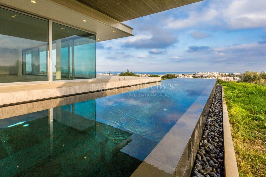 Contemporary luxury villa, infinity pool