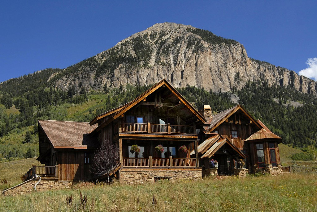 5 Moon Ridge Lane, Crested Butte is a magnificent mountain home near the Crested Butte ski area.