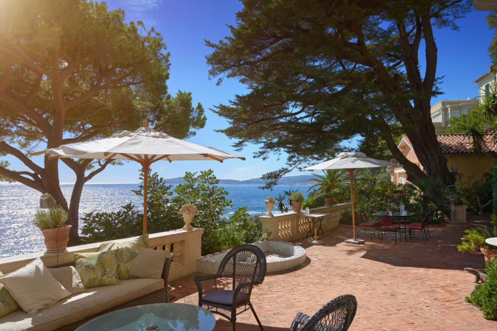 Luxury property in Cote d' Azur
