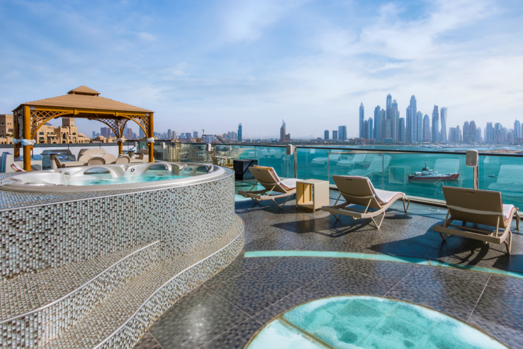 Luxury Property in Palm Jumeirah, Dubai
