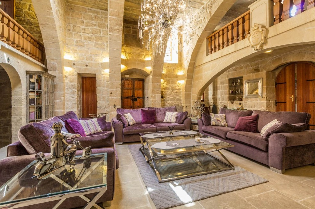 Qormi House of Character