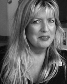 Linsi Caldecourt - Associate